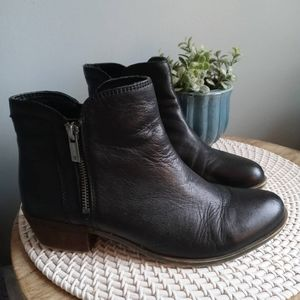 Lucky Brand Breah black booties